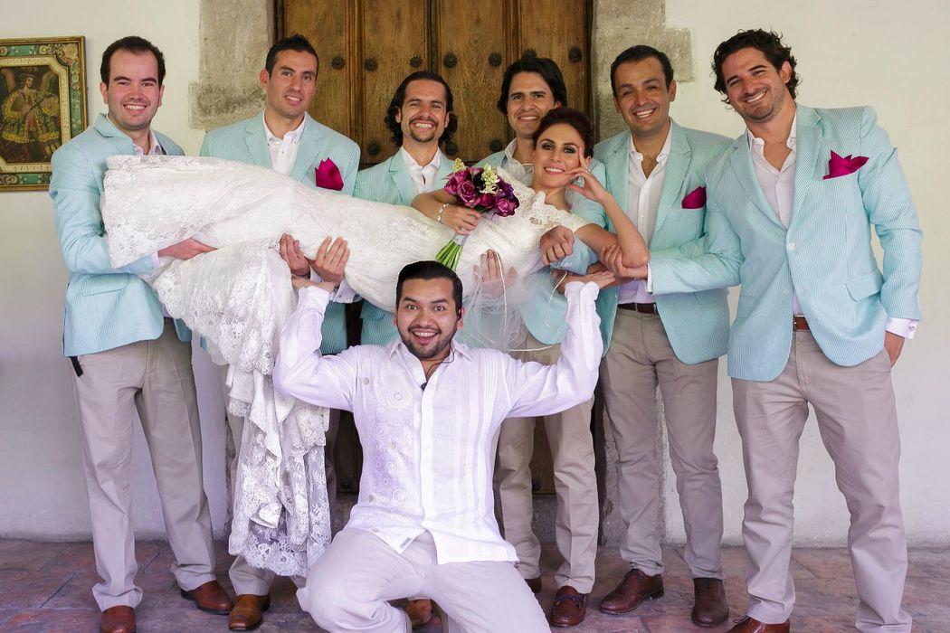 NOÉ ARIZA Wedding Expert.  Es el soporte de toda novia!