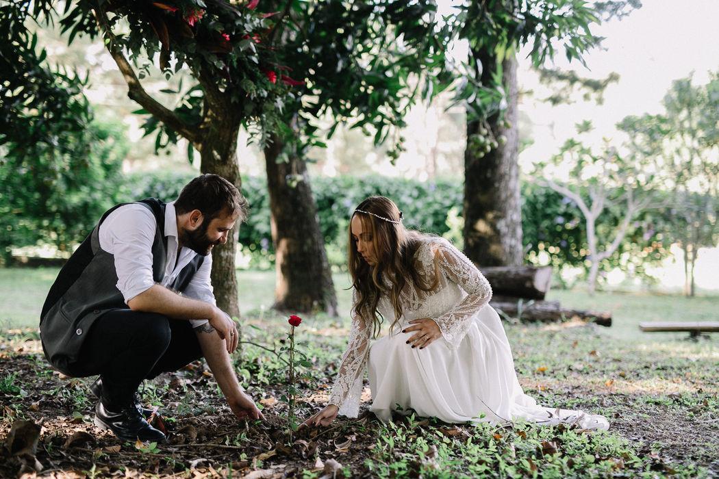 Elopement Wedding Tamara e Augusto na Fazenda Alvamar! Os noivos deixando a sua marca.....