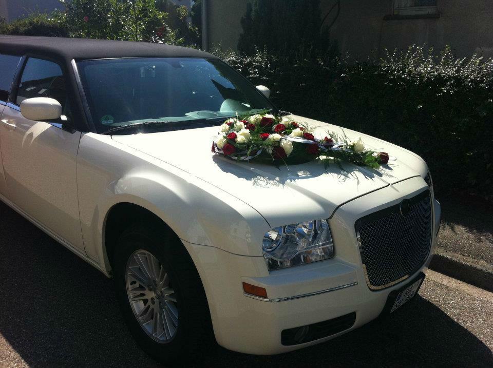 Beispiel: Limousinenservice für Ihre Hochzeit, Foto: Limo Inc.