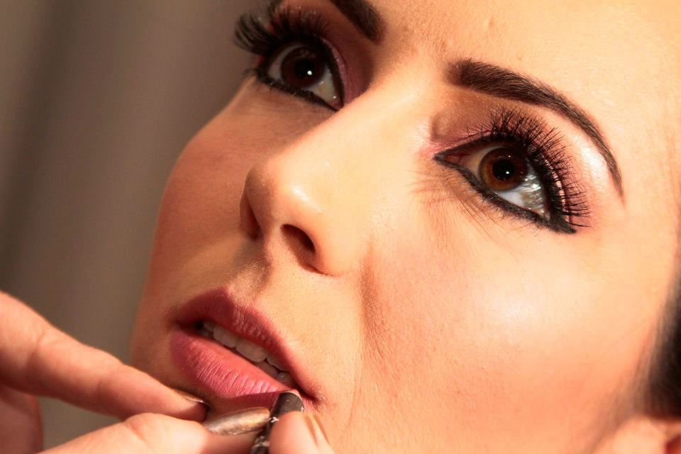 Karina Bastos Penteado & Maquiagem