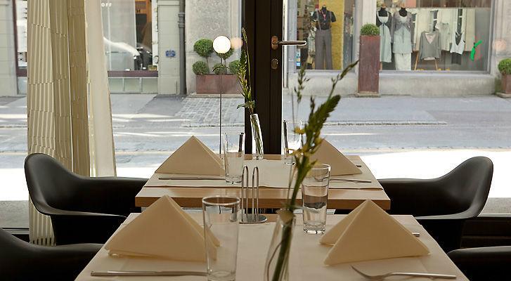 Beispiel: Restaurant - Tischdekoration, Foto: Hotel Dom.