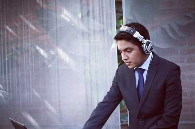 DJ Carlos Peña