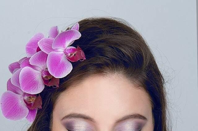 Farah Siabala - Makeup Artist