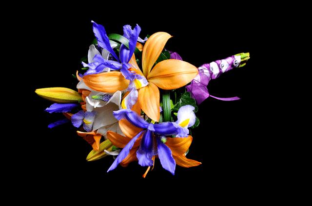 Mocha Hidalgo-Atelier Floral - Tiaras y Accesorios