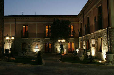 Villa Camelia - Weddings and Banqueting
