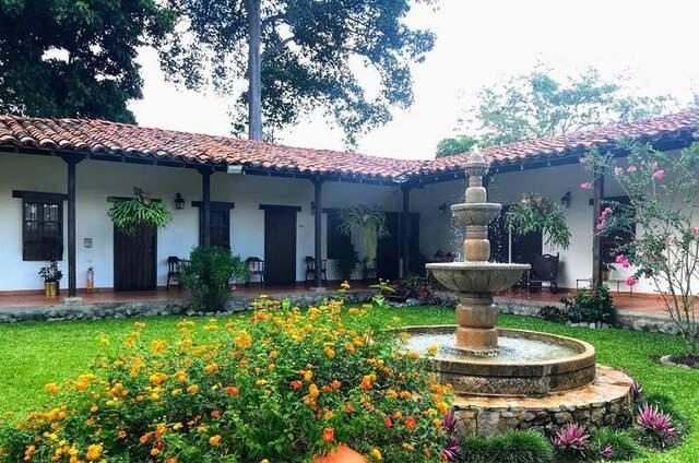 Hotel y Restaurante Los Guaduales