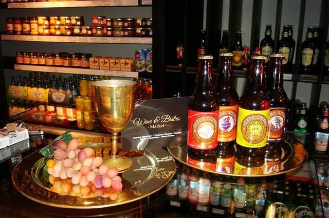 Wine & Bistro Market