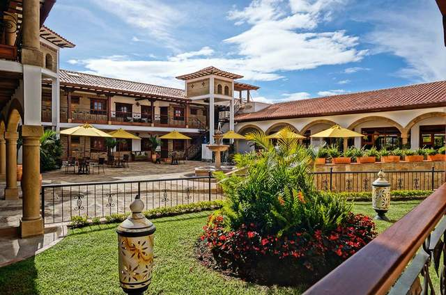 Hotel Campanario de la Villa Real
