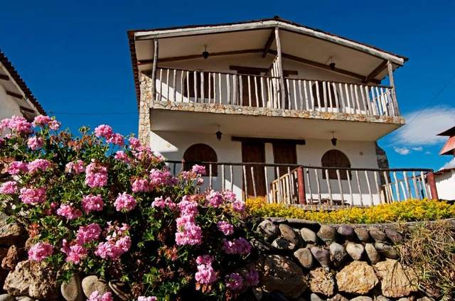 Hotel Loma Verde