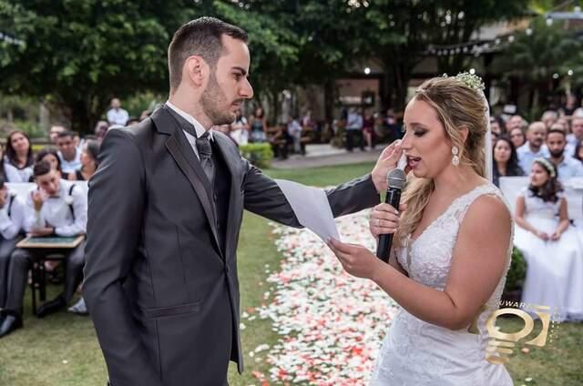 Presente em Palavras - Votos de Casamento