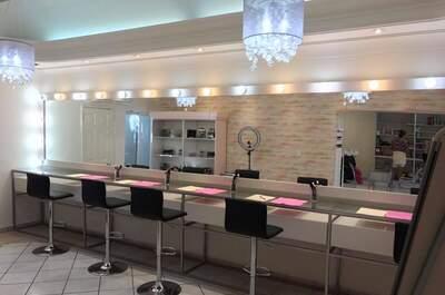 AVIVA Nail & Hair Salon